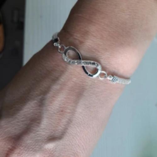 Elegantna zapestnica INFINITY photo review